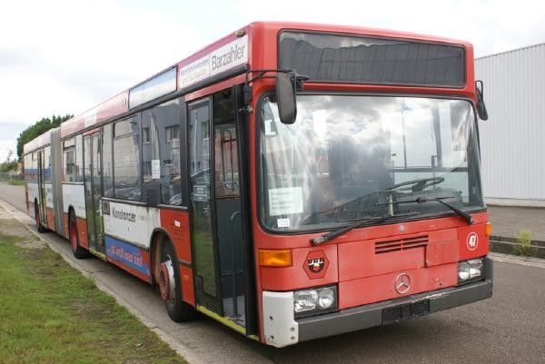 MERCEDES-BENZ O 405 GN autocarro urbano