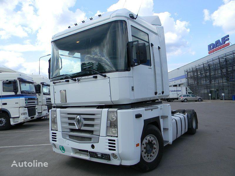 RENAULT MAGNUM 440 camião tractor