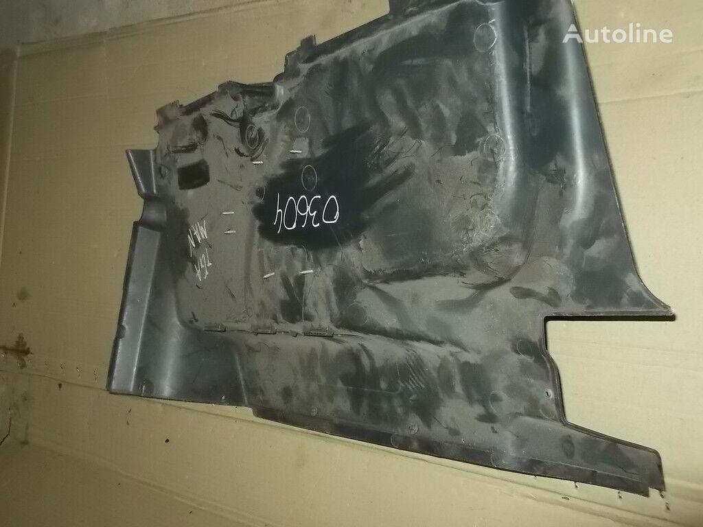 MAN Obshivka peredney stenki peças sobressalentes para camião