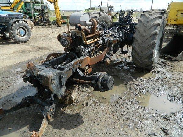 b/u zapchasti / used spare parts peças sobressalentes para DEUTZ-FAHR AGROTRON 130 tractor