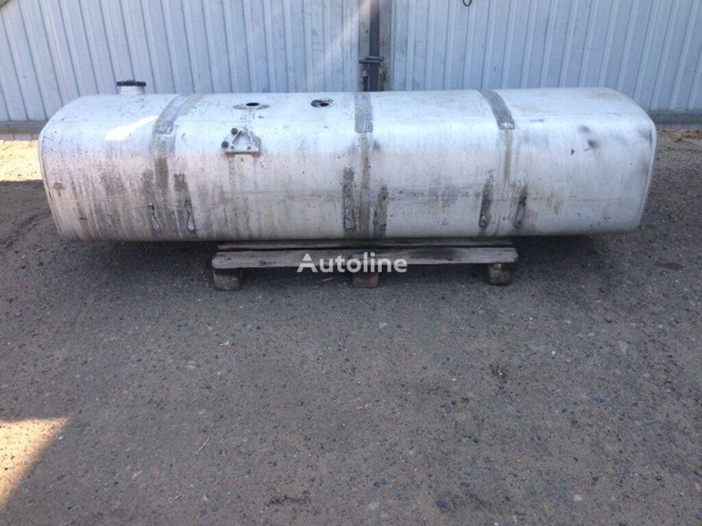 A=2240 B=680 C=510 tanque de combustível para camião