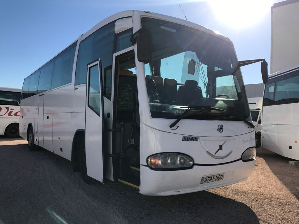 VOLVO B10 autocarro turístico