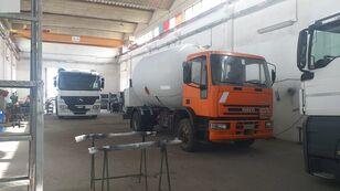caminhão-tanque gás IVECO 150E23 LPG/GAS CAPACITY 16000LTR + PUMP + LITERS COUNTER