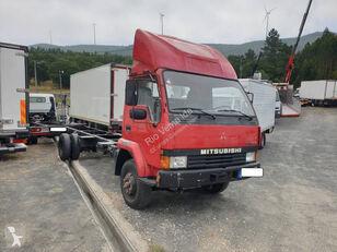 camião chassi MITSUBISHI Canter