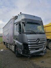 camião com lona deslizante MERCEDES-BENZ ACTROS 2545 acidentados