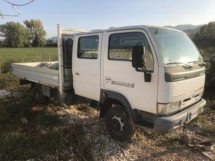 camião de caixa aberta NISSAN cabistar doppia gabina