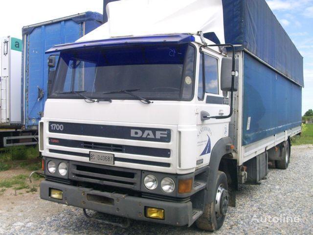 DAF 1700 camião de toldo