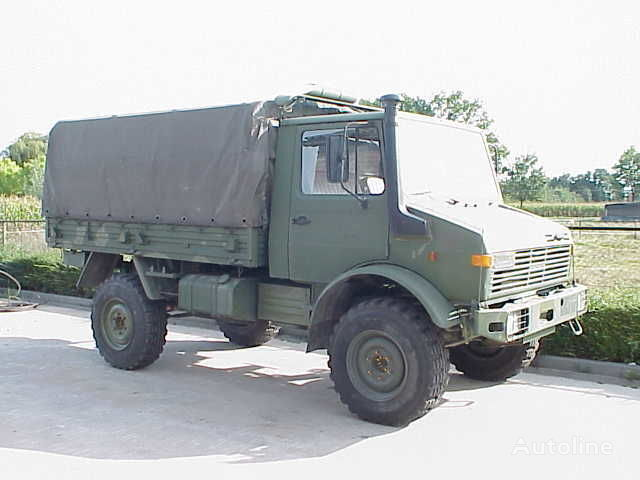 MERCEDES-BENZ UNIMOG 435/1300L camião de toldo