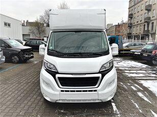 camião de transporte de cavalos PEUGEOT Boxer novo