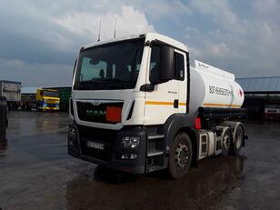 camião de transporte de combustivel MAN TGS 24.440