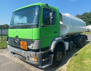 camião de transporte de combustivel MERCEDES-BENZ 2528L Tankwagen