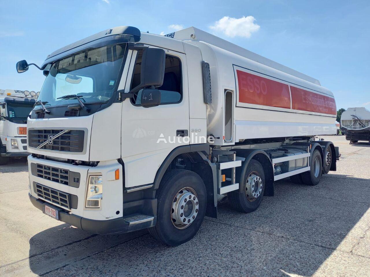 VOLVO camião de transporte de combustivel