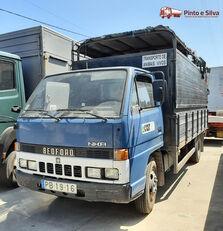 camião de transporte de gado BEDFORD NKR 575/60