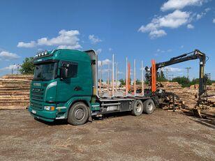 camião de transporte de madeira SCANIA G480 KRAN KESLA 2009SI