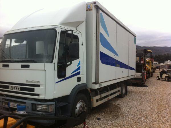 IVECO 120 E 23 camião furgão