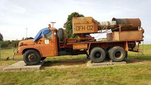 camião militar TATRA 148