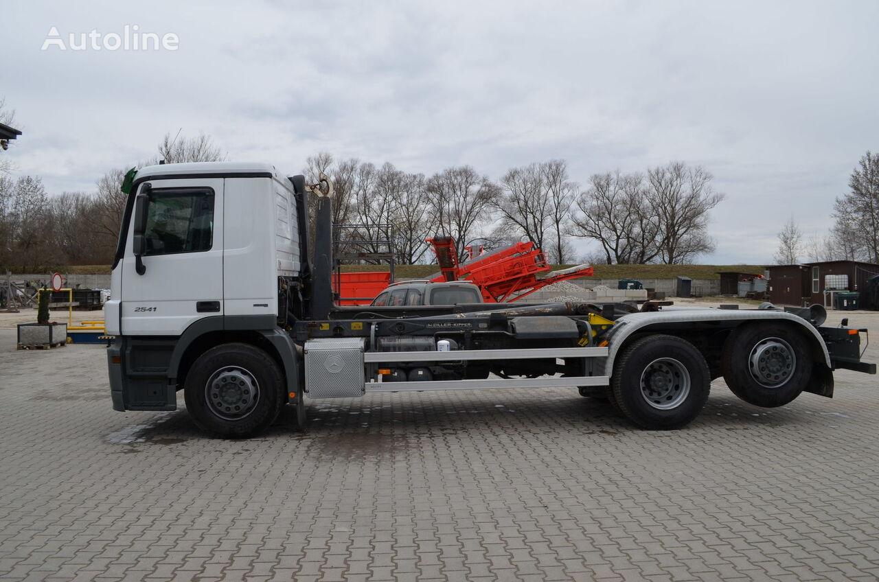 camião polibenne MERCEDES-BENZ Actros 2541