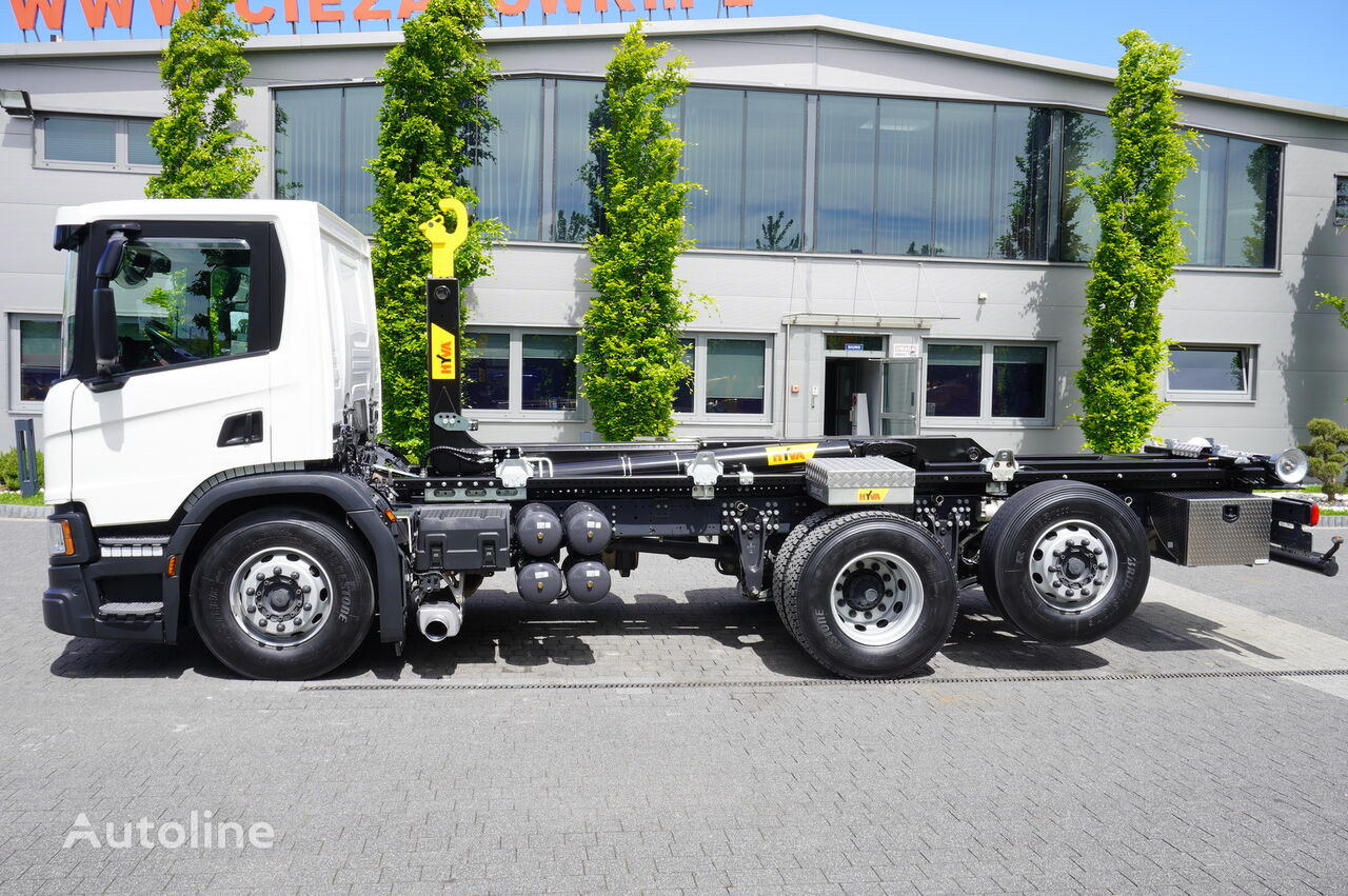 camião polibenne SCANIA P410 , E6 , 6X2 , 60k km , NEW HOOK 20T , steer / lift axle , Lo