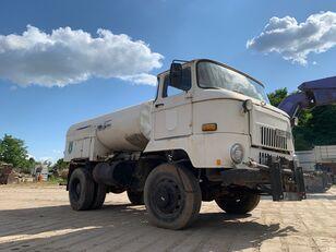 camião-tanque IFA L 60 1218 4x4 DSK