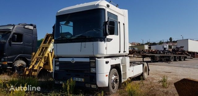 camião tractor RENAULT 480 E-Tech para peças