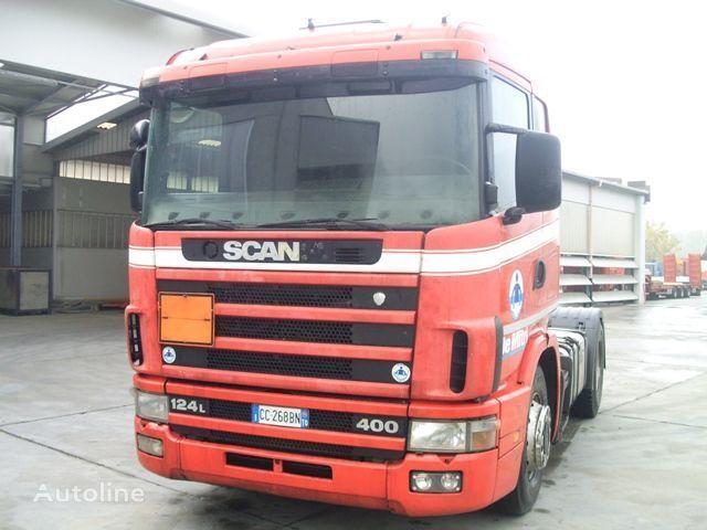SCANIA 124.400 camião tractor