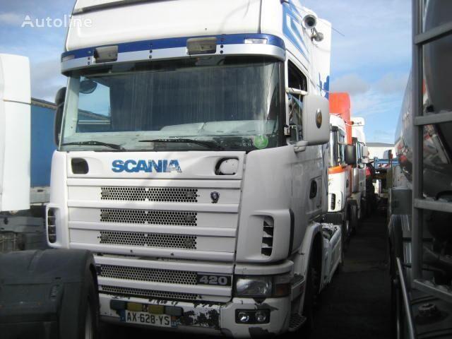 SCANIA L 124L420 camião tractor
