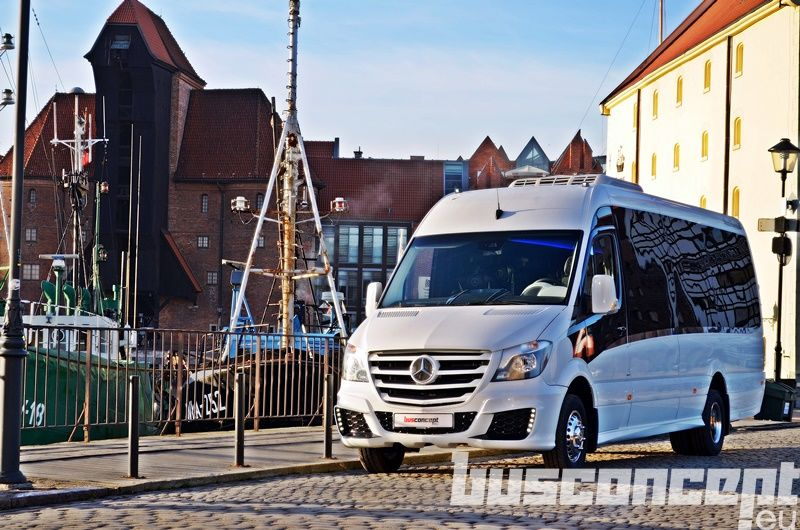 MERCEDES-BENZ Sprinter 519 XXL 19+1+1 Liner +Fridge carrinha de passageiros novo