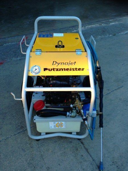 PUTZMEISTER putzmeister dynojet (maquina auxiliar para el plegado de plumas  bomba de betão estacionaria