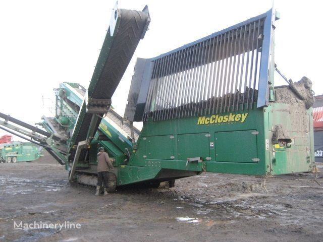 McCLOSKEY S130 - 3 deck britadeira