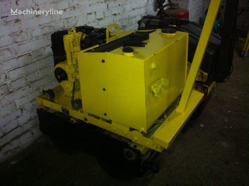 WEBER Dvh 702 compactador pequeno de asfalto