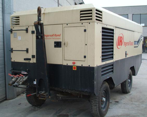 INGERSOLL RAND 12/235 VHP825 compressor