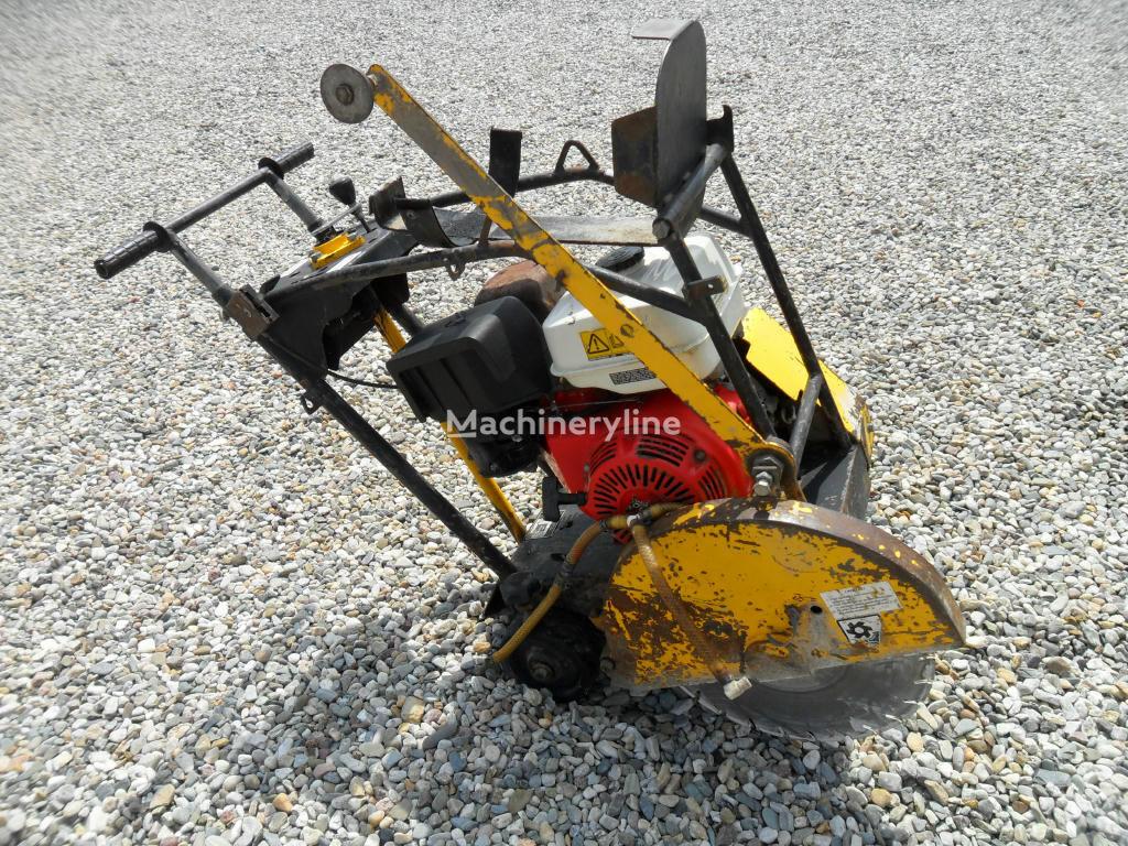 Řezačka NTC RZ 170 cortador de asfalto