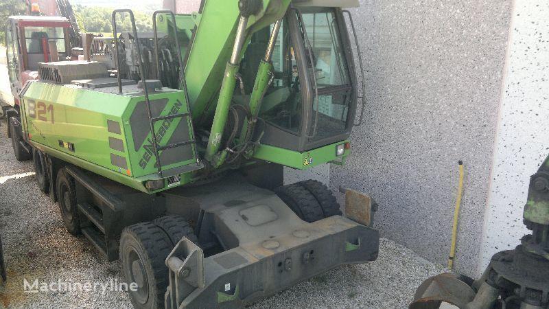 SENNEBOGEN 821 M escavador para demolição