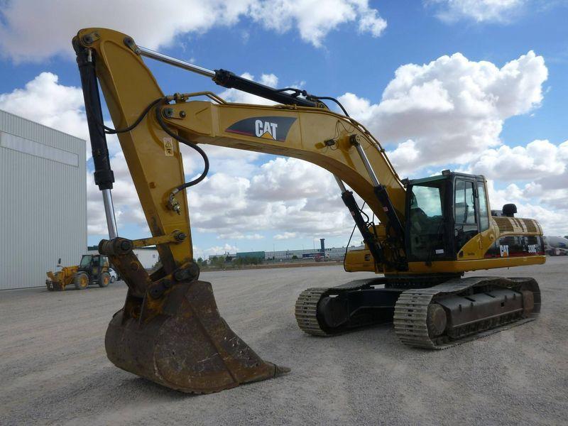 CATERPILLAR 330 escavadora de lagartas