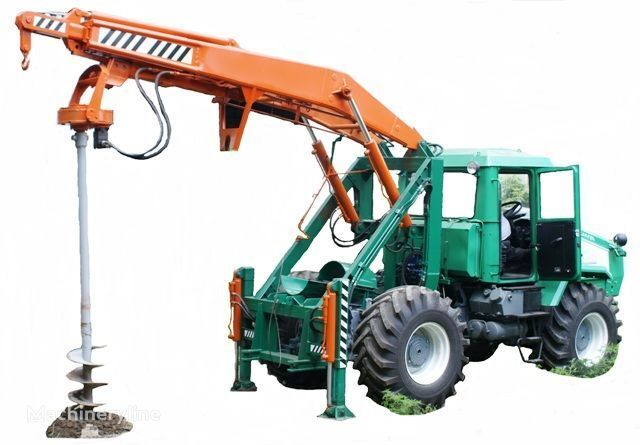 HTZ Burilno-kranovaya mashina BKM-3U na baze traktorov HTZ 150K-09, H outros equipamentos de construção