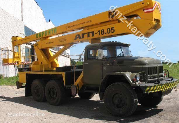 ZIL 131 plataforma sobre camião