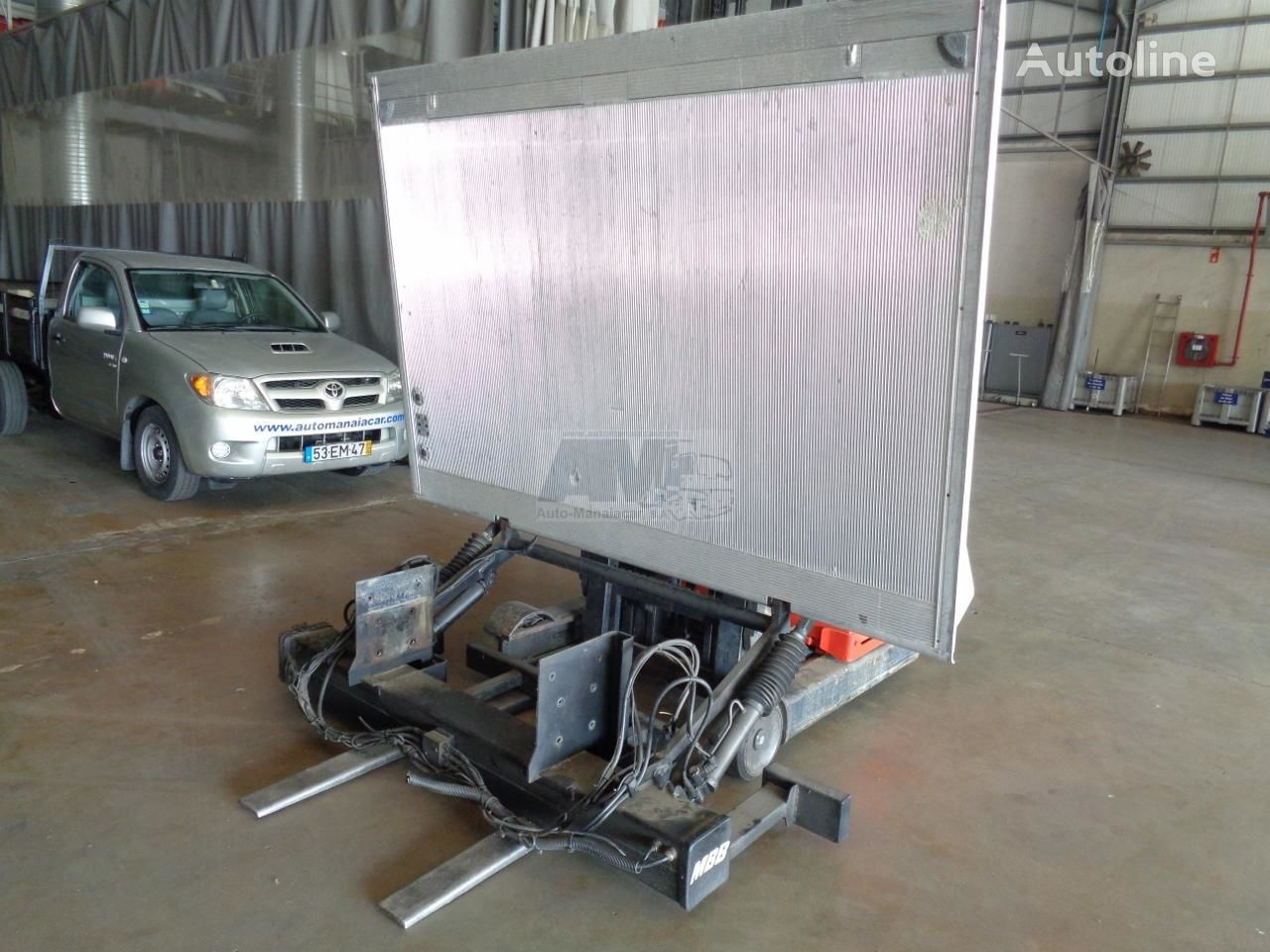 plataforma elevatoria hidraulica PALFINGER MBB