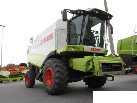 CLAAS 560 ceifeira-debulhadora