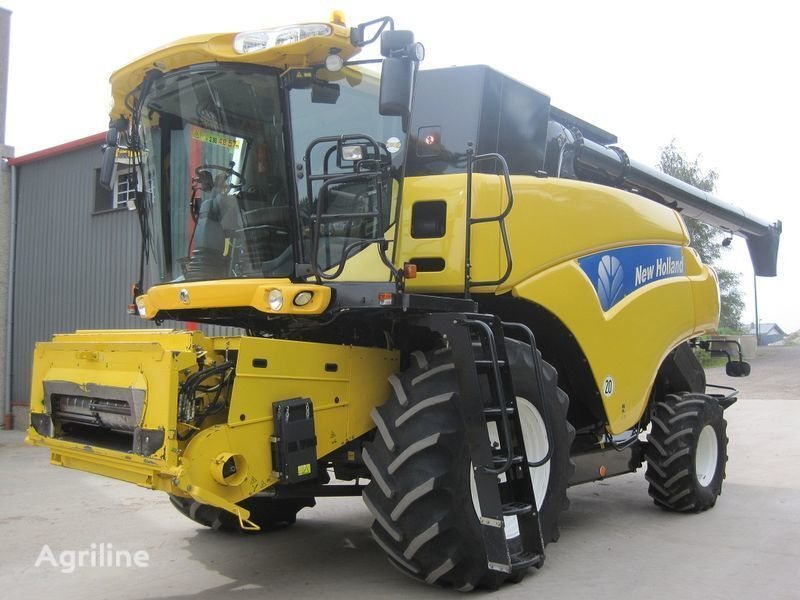 NEW HOLLAND CR 9080 Elevation HD  ceifeira-debulhadora