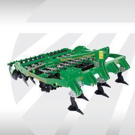 GREAT PLAINS Simba DTX 300 cultivador novo