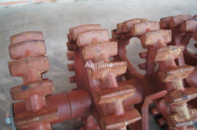 LEMKEN Crosskill roller rolo compressor