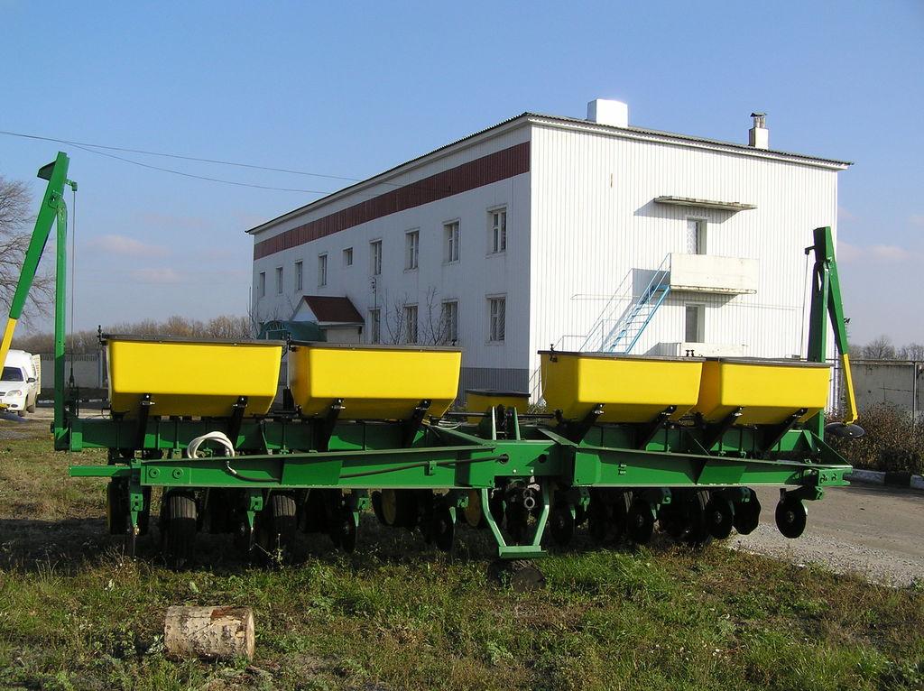 JOHN DEERE 7000 8 ryadnaya semeador de monogrão mecânico