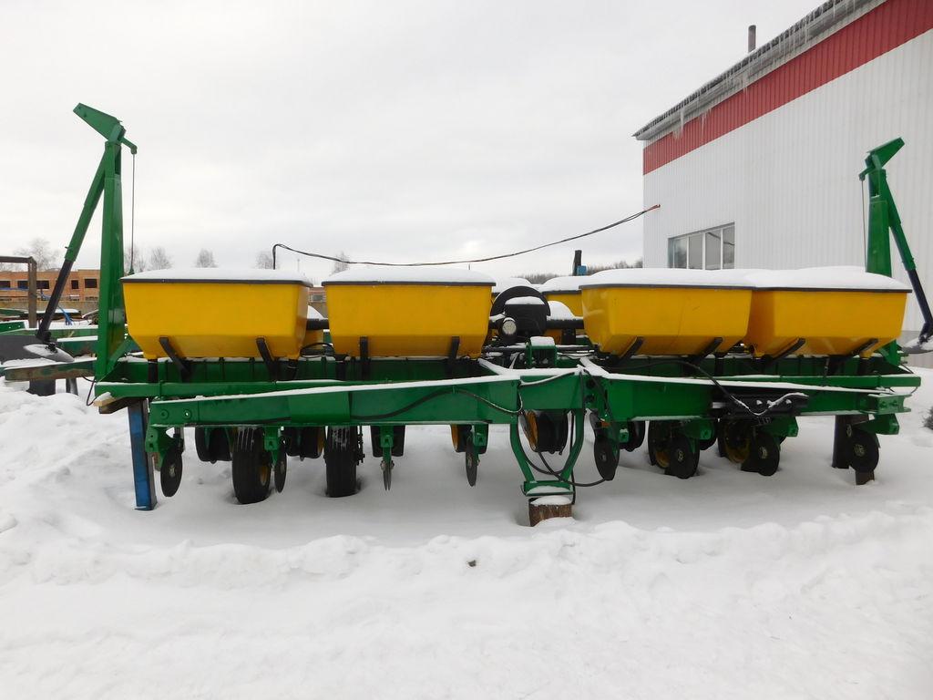 JOHN DEERE 7200 semeador monogrão pneumático