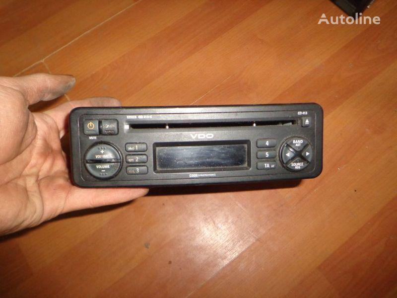 VDO CD413. 12V. CD. auto-rádio para camião