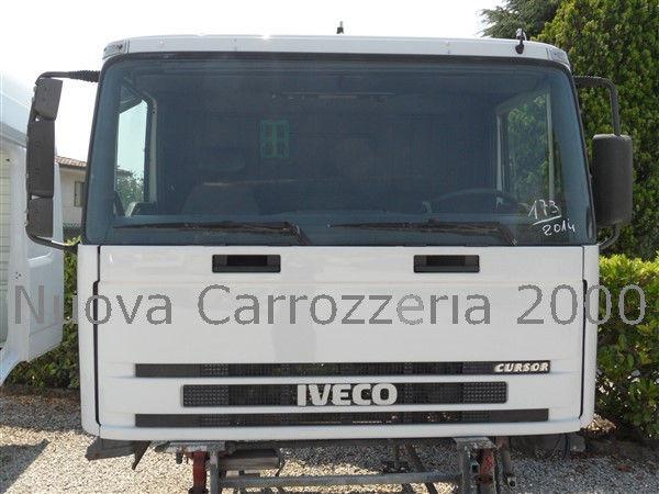 IVECO cabina para IVECO TRAKKER camião