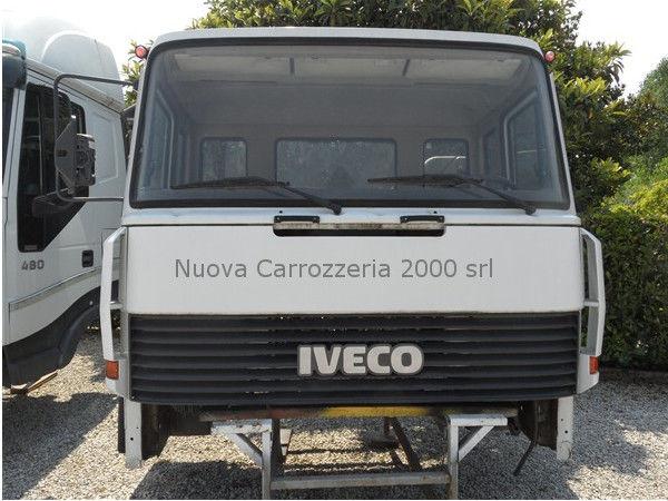 IVECO EUROCARGO 330-35 cabina para camião