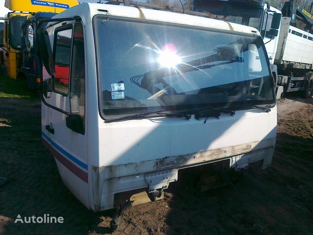cabina para MAN LE L2000 Star dzienna 2000 zl. netto camião