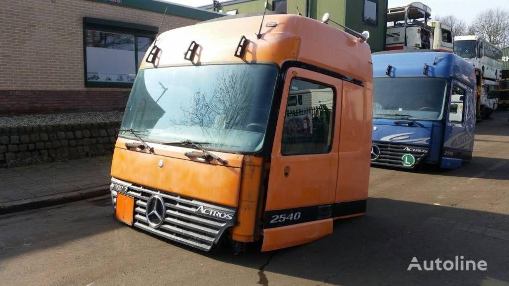 cabina para MERCEDES-BENZ 2540 camião tractor
