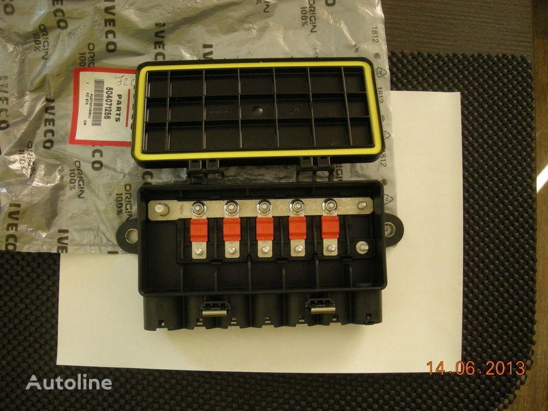 IVECO 504071256 41221026 caixa de fusíveis para IVECO camião tractor nova