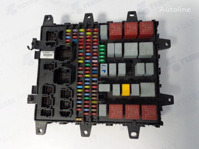 RENAULT Fuse protection box 7421169993, 5010590677, 7421079590, 50104288 caixa de fusíveis para RENAULT camião tractor